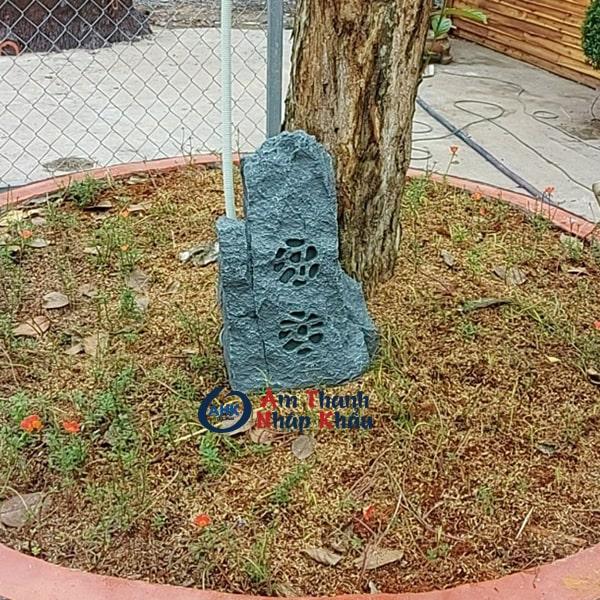 Loa sân vườn OBT 1802N
