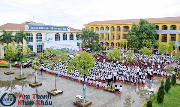 Âm thanh trường học
